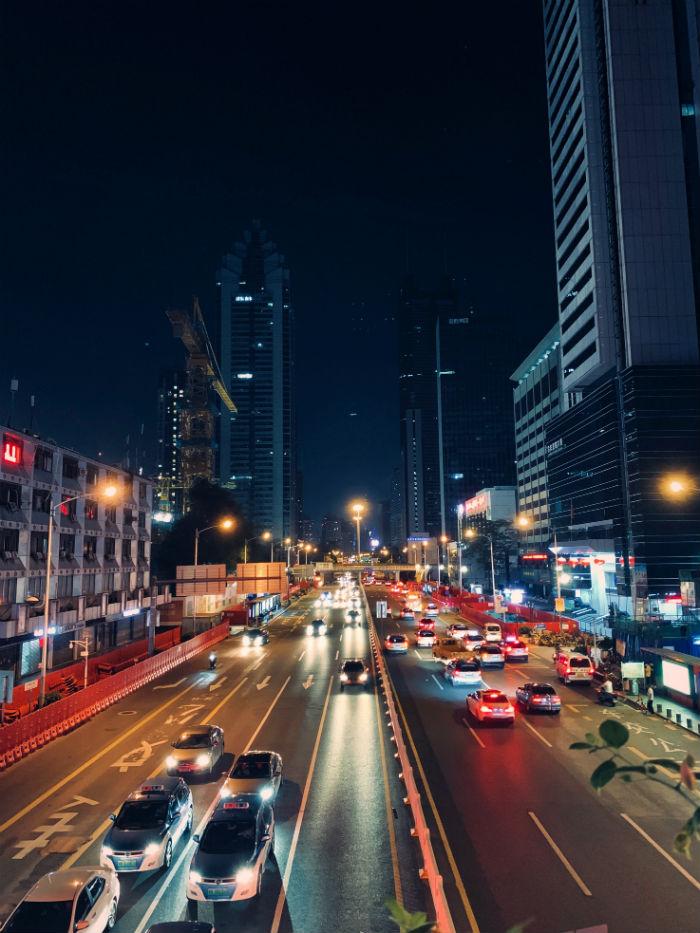 trafic de nuit à shenzhen